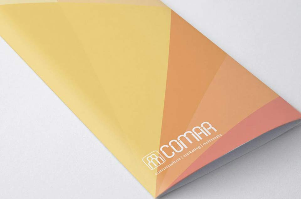 logo-graphic-designer-brochure